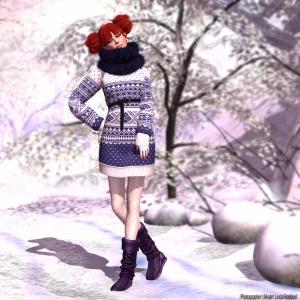 MOLiCHiNO_HolidaySweater_Plum